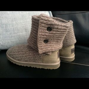 UGGs gray knit boots